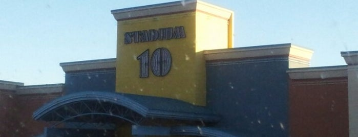 Pineview Stadium 10 is one of สถานที่ที่ Ray ถูกใจ.