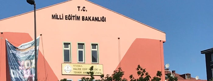 Halide Edip Mesleki ve Teknik Anadolu Lisesi is one of Ercn 님이 좋아한 장소.