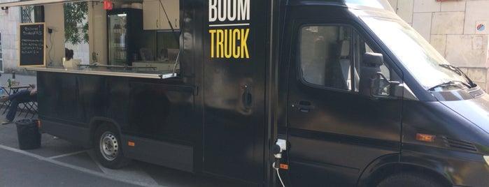 Boom! Truck is one of สถานที่ที่ Jana ถูกใจ.