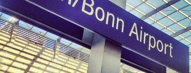 Bahnhof Köln/Bonn Flughafen is one of Fatih'in Beğendiği Mekanlar.