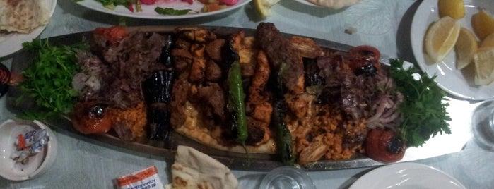 01 Güneyliler Restorant is one of Tempat yang Disukai Alp Gökçe.