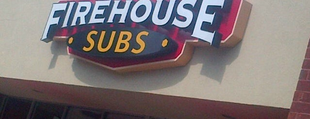 Firehouse Subs is one of Tempat yang Disukai Kevin.