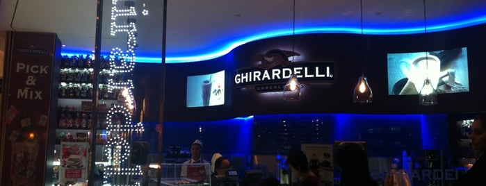 Ghirardelli On-The-Go is one of MUNDO À FORA.