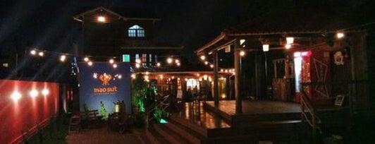 Mao Sut Thailand Bar is one of Porto Alegre.