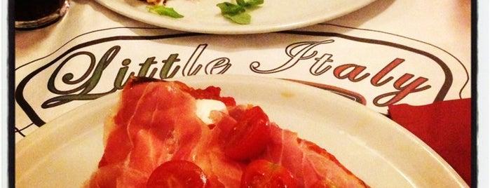 Little Italy is one of Lieux qui ont plu à Mik.