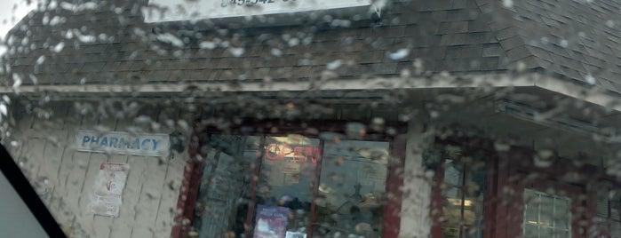 Middletown pharmacy is one of Lieux sauvegardés par Joe.