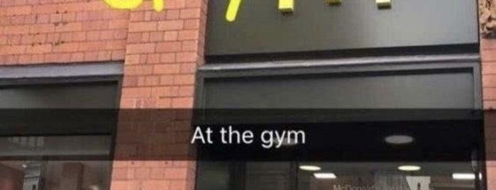 McDonald's is one of Queen'in Kaydettiği Mekanlar.