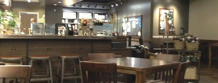 Starbucks is one of สถานที่ที่ Ebony ถูกใจ.