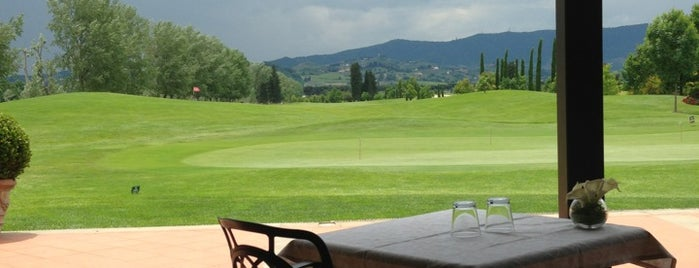 Golf le Pavoniere is one of Golf vicino a Firenze.