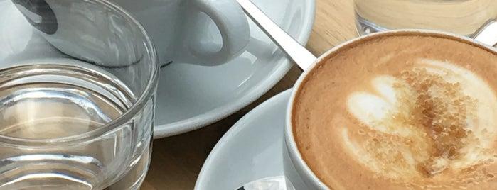 Neues Schwarz Kaffeerösterei is one of boschcoffee.