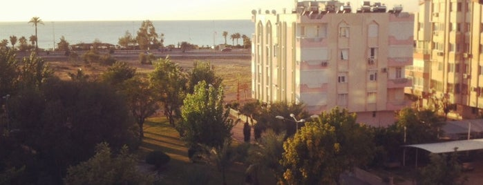 Santa Marina Deluxe Hotel is one of Oleksandr : понравившиеся места.