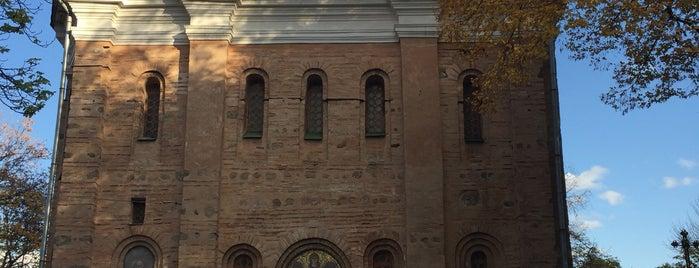 Свято-Михайловская церковь (Михайловский собор) is one of Андрей : понравившиеся места.