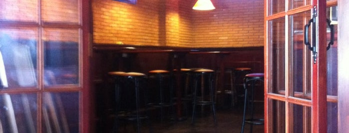 Aurora Bar is one of GUIRIS RESTAURANTS IN TARRAGONA'S LAND.
