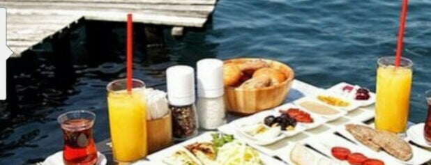 Boon Cafe & Restaurant is one of Istanbul Restaurants, Cafes, Clubs.