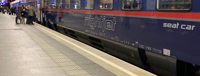 Gleis 7/8 is one of Österreich.