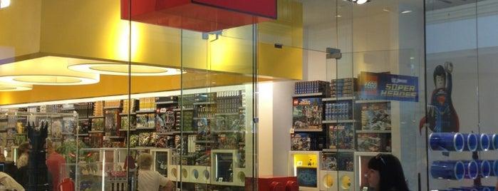 The LEGO Store is one of Alberto J S : понравившиеся места.