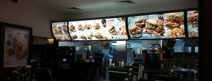 McDonald's is one of Nikolausさんのお気に入りスポット.