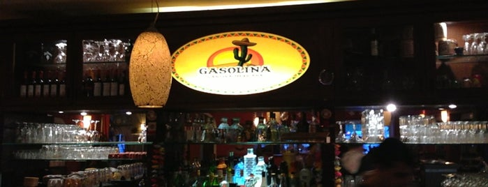 Gasolina Cantina Mexicana is one of Locais curtidos por Rob.