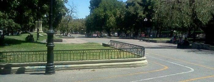 Bandejón Alameda is one of SCL.