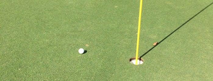Ventura Country Club Golf Course is one of Posti che sono piaciuti a Hal.
