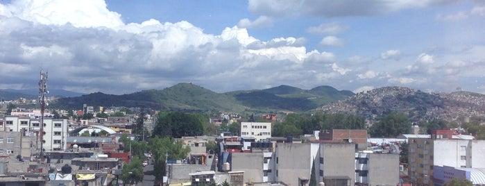 Torre Ejecutiva Satelite is one of Locais curtidos por Lilian.