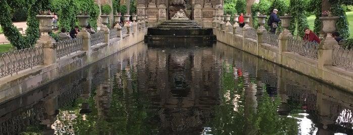 Grand Bassin du Jardin du Luxembourg is one of Tempat yang Disukai Vanessa.
