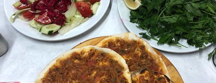 Kara Çizmeli Lahmacun&Pide Salonu is one of Merve'nin Kaydettiği Mekanlar.