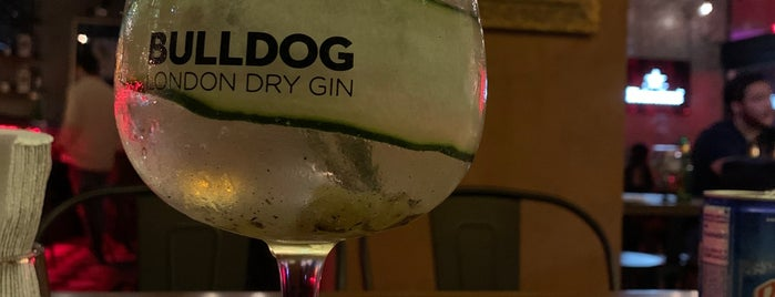 Gin•47 Mixology & Kitchen is one of Cenas.