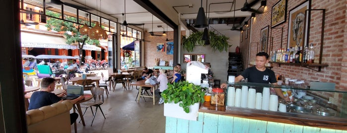 Fifty5 Café is one of Bangkok2016.
