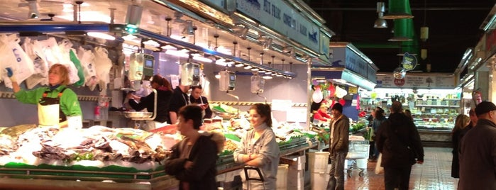 Mercat de Sant Ildefons is one of Ruta Aceitunas Muniente.