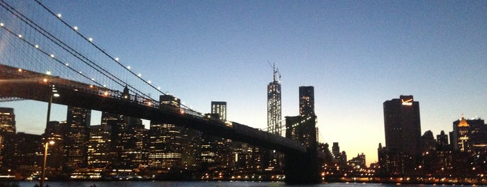 Brooklyn Bridge Park is one of NYC Sunset Spots.