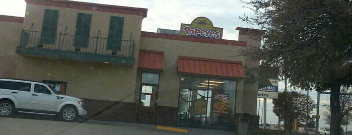Popeyes Louisiana Kitchen is one of Orte, die Devin gefallen.