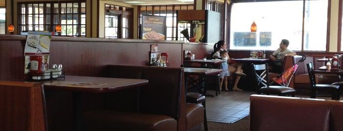Denny's is one of Lugares favoritos de jordi.