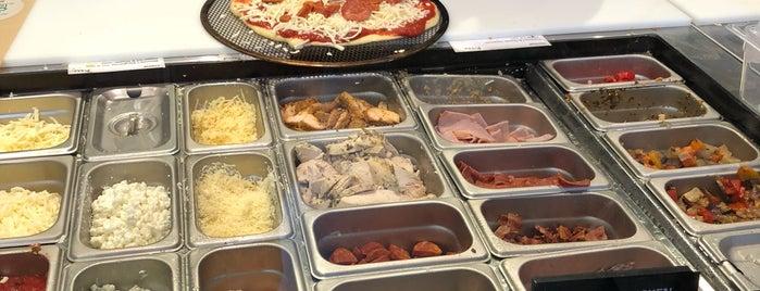 Assembli Pizza is one of Steven 님이 좋아한 장소.