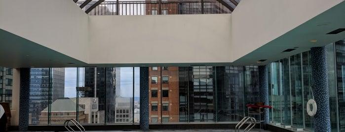 Rooftop Pool @ Parker Hotel is one of Foxxy'un Kaydettiği Mekanlar.