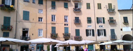 Piazza dell'Anfiteatro is one of Lucca Bars, Cafes, Food, POI.