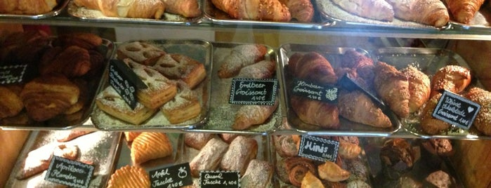 Croissanterie is one of Lost in Berlin.