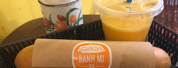 Bánh Mì 25 is one of Santiago'nun Beğendiği Mekanlar.