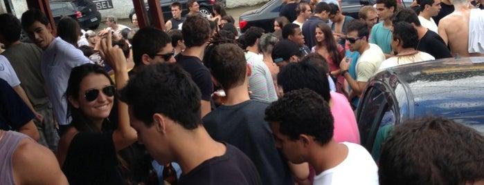 Castelinho Bar e Lanches is one of Bares e Cervejarias.