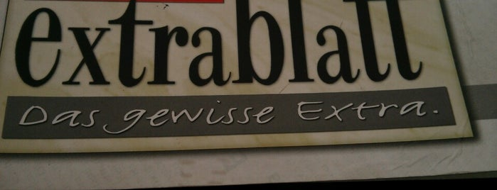 Cafe Extrablatt is one of Tempat yang Disukai Rob.