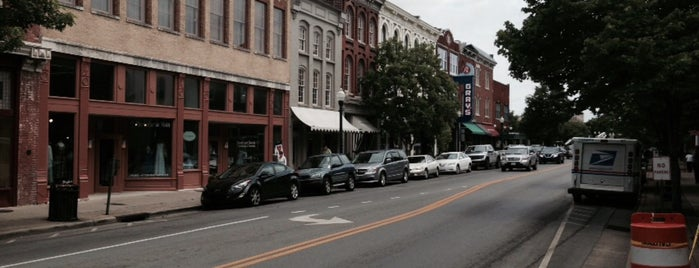 Downtown Franklin is one of Taylor Swift's Favorite Spots in Nashville.