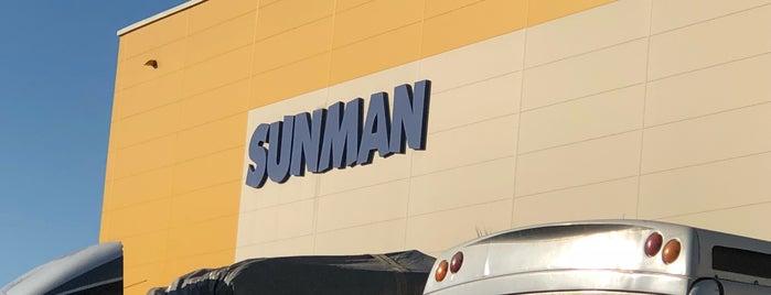 Sunman Plaza ve Depo is one of Orte, die Erman gefallen.
