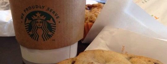 Starbucks is one of Tempat yang Disukai Rodrigo.