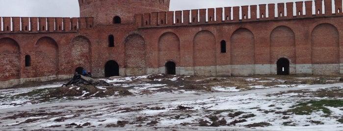 Башня Орёл (Городецкая) / Oryol (Gorogetskaya) Tower is one of Nata4ka 님이 저장한 장소.
