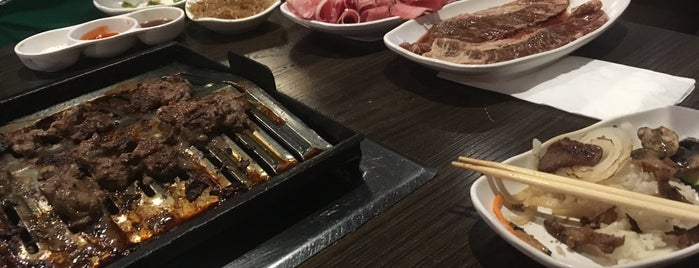 BBQ House is one of Bobさんのお気に入りスポット.