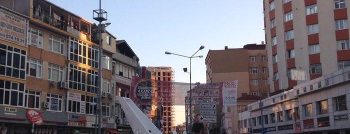Küçükbakkalköy Meydanı is one of Sibel 님이 저장한 장소.
