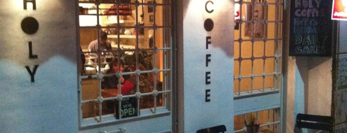 Hope Coffee & Eatery is one of Beyoglu'nda gezerim.