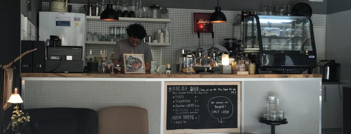 Café BOM is one of Hanna 님이 좋아한 장소.