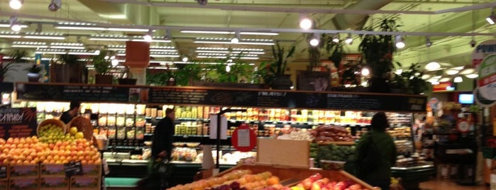 Whole Foods Market is one of Freaker USA Stores Pacific Coast.