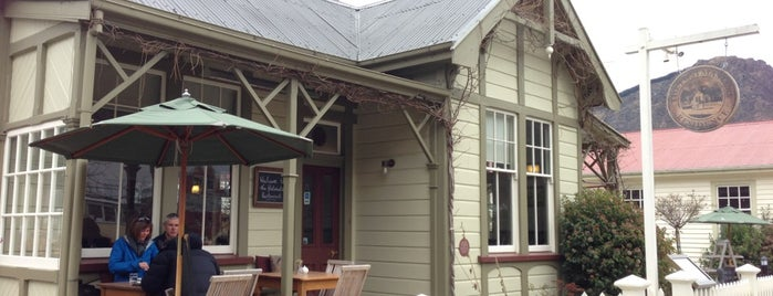 Postmasters Residence is one of Arrowtown.